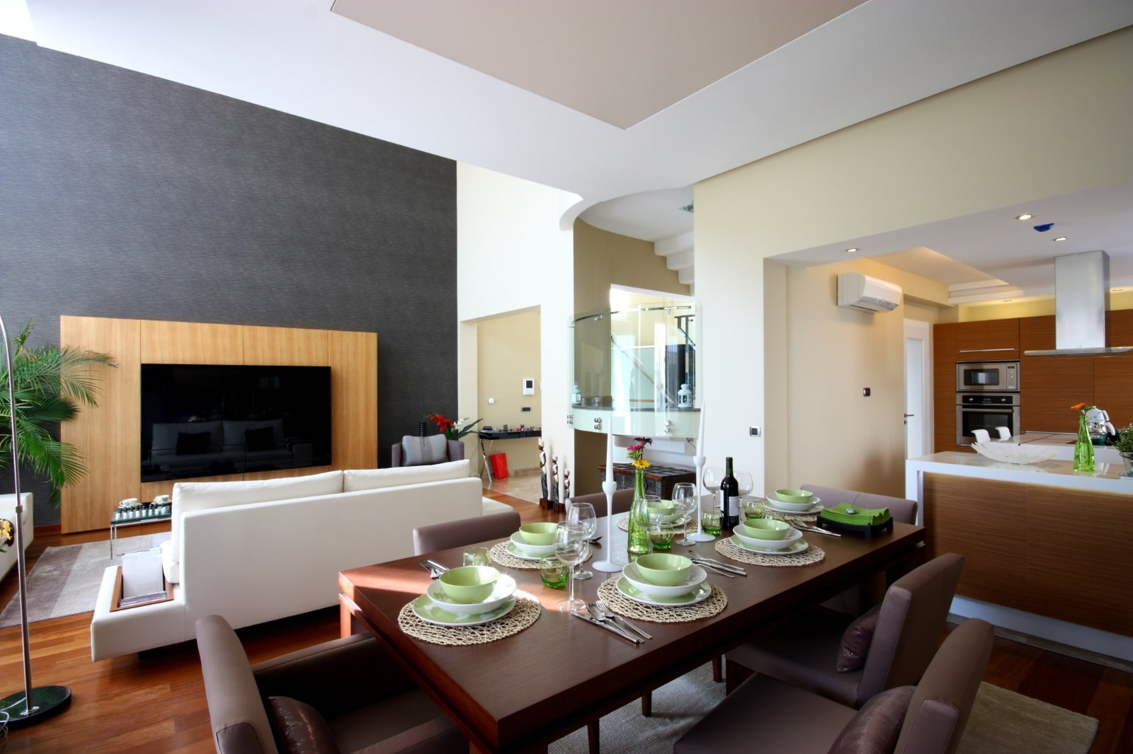 Full Modern Home Renovation Remodeling Kitchen Dining Room Living Room Construction | Best General Contractor for Home Remodeling in Los Angeles | High Class Builders